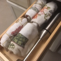 Kitchen towels and our hand blender